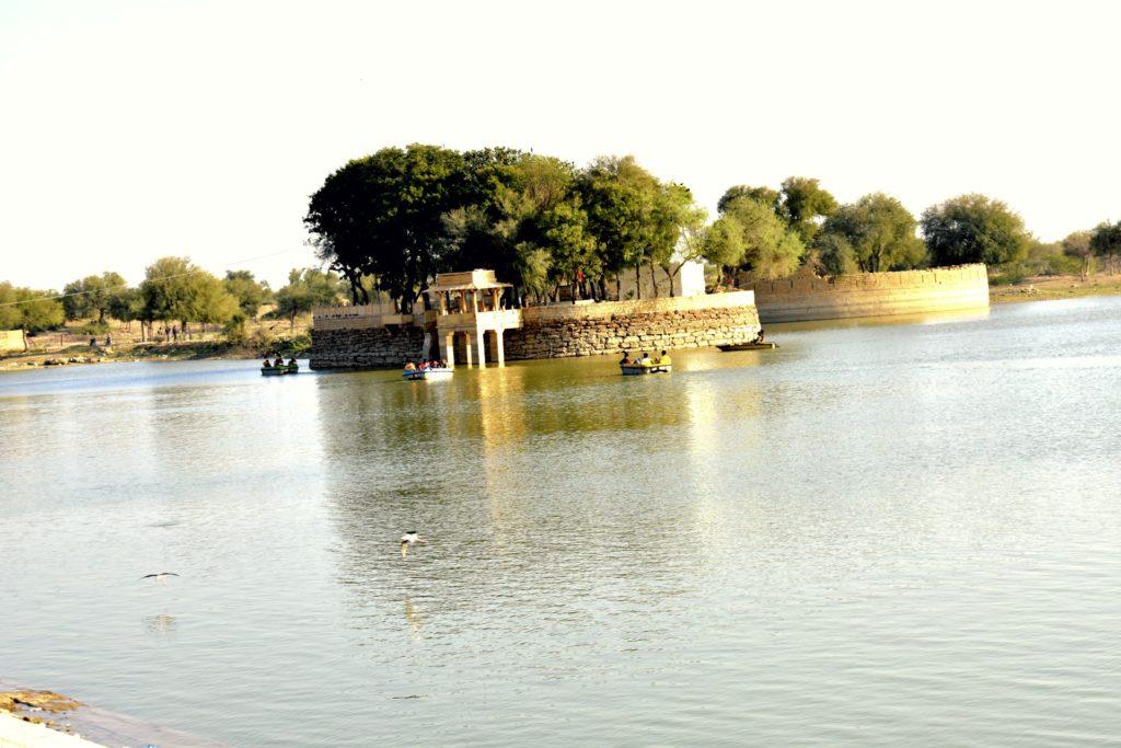 TTV Gadisar Lake View